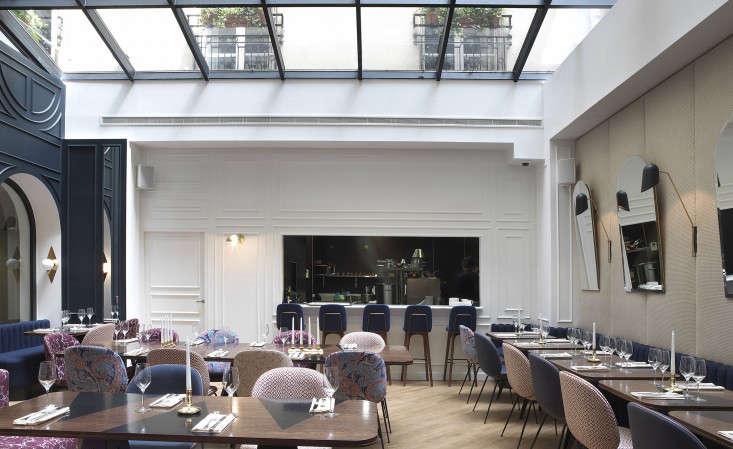 Moody Blues The Hotel Bachaumont in Paris portrait 6