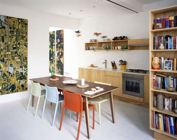 The kitchen color palette is a reflection of the coexistance of the artist&#8
