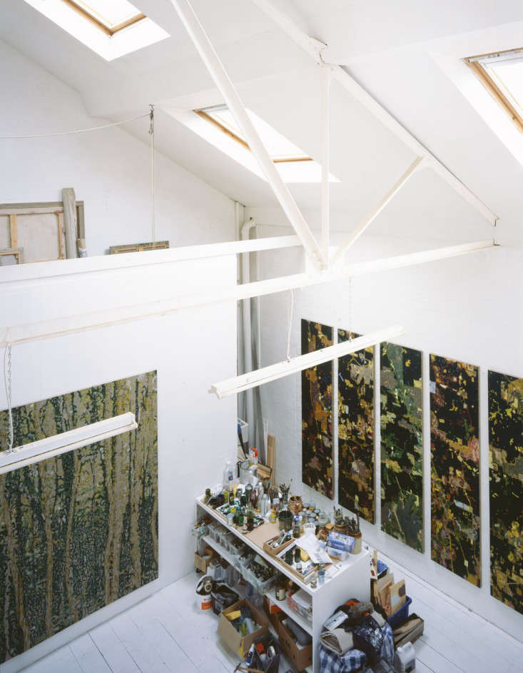 The residence can be entirely or partially closed off from the studio as desired. As the architects describe, &#8
