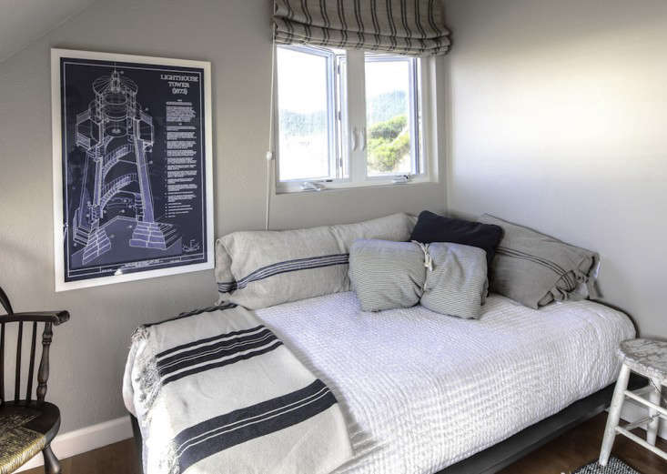 Vote for the Best Bedroom in the Remodelista Considered Design Awards 2014 Professional Category portrait 5