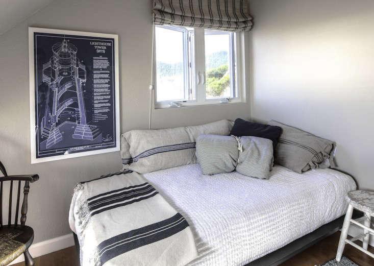 Best Professionally Designed Bedroom Hyde Evans Design portrait 3