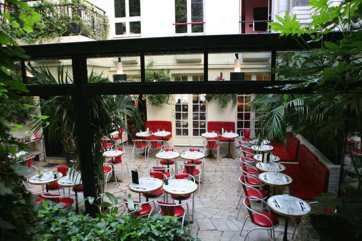 Escape to Love Hotel Amour in Paris portrait 12