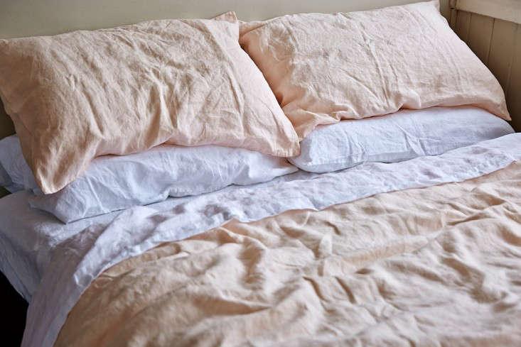5 Favorites Pale Pink Linen Sheets Roundup portrait 6