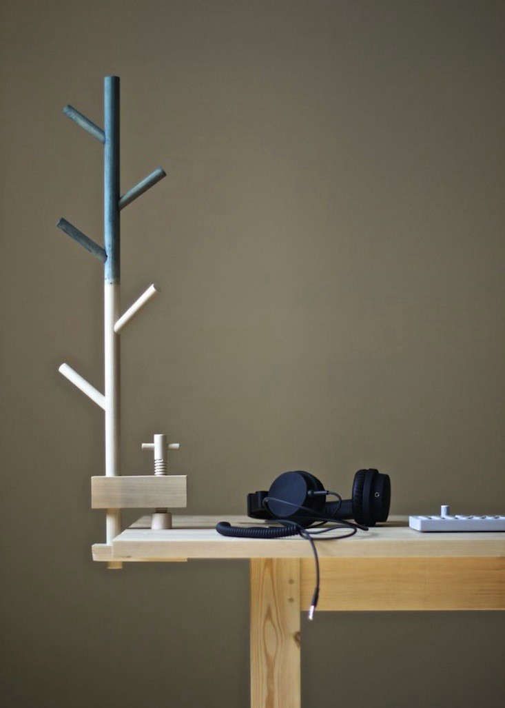 A TreeShaped Table Clamp for Clearing Clutter  portrait 5