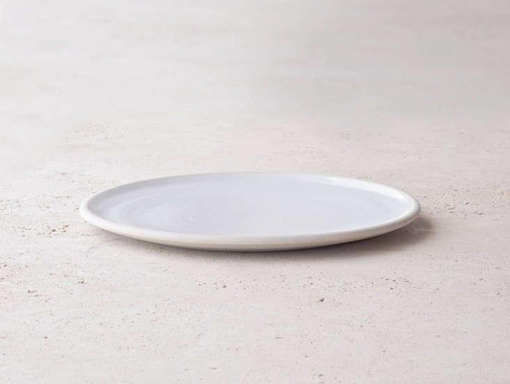 10 Easy Pieces Handmade Dinnerware from Ceramics Studios portrait 4