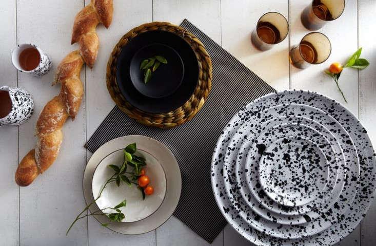 New Serving Splatterware Ceramics from Italy portrait 11