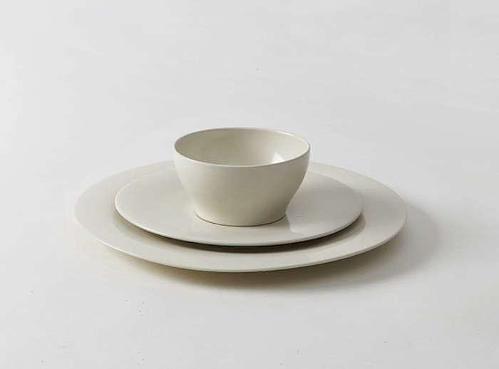 10 Easy Pieces Basic White Dinnerware portrait 12