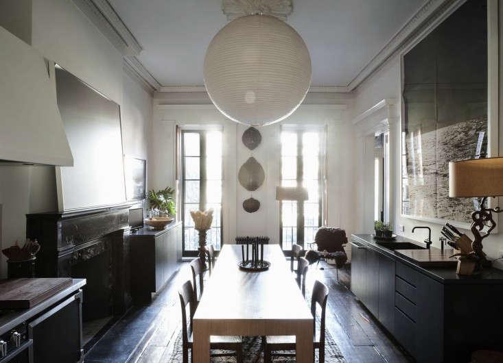 Julianne Moore Oliver Freundlich formal eat in kitchen overview 1 Remodelista