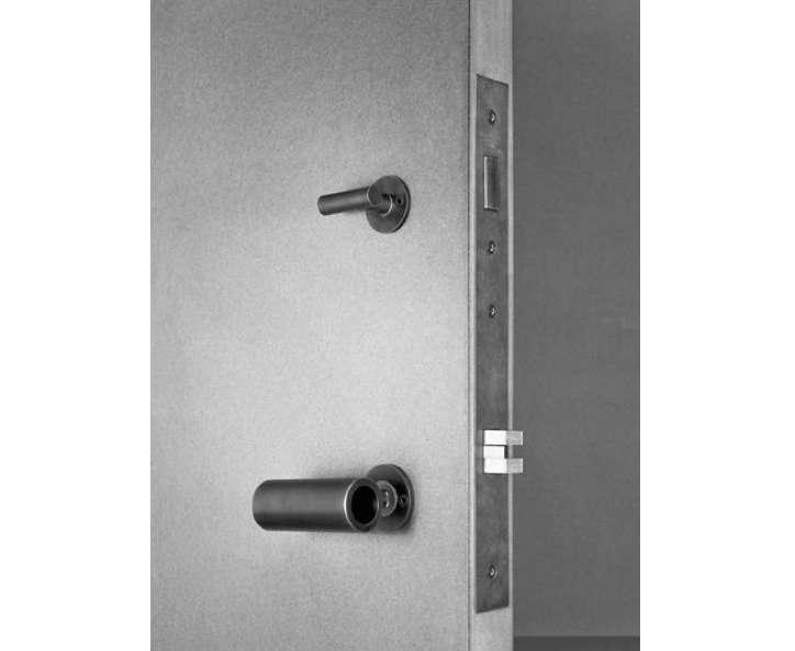 Kundig Hardware Door Latch Image