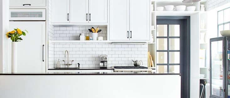 Weekend Spotlight Combining Two New York Studio Apartments portrait 4