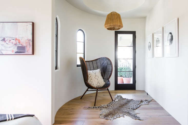 Leigh-Herzig-spec-house-West-Hollywood-photographed-by-Laure-Joliet-Remodelista-20