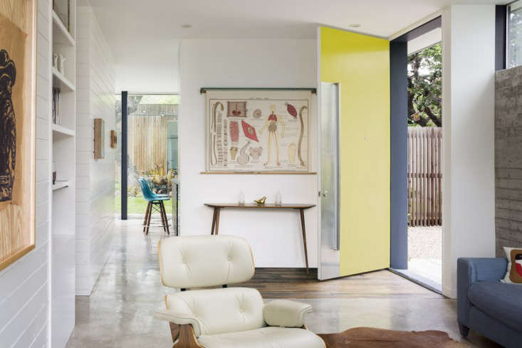 Vote for the Best LivingDining Space in the Remodelista Considered Design Awards 2015 Professional Category portrait 4