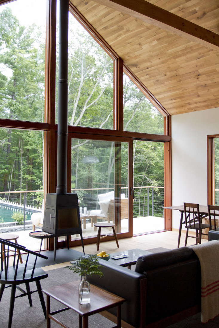Vote for the Best LivingDining Space in the Remodelista Considered Design Awards 2015 Professional Category portrait 20