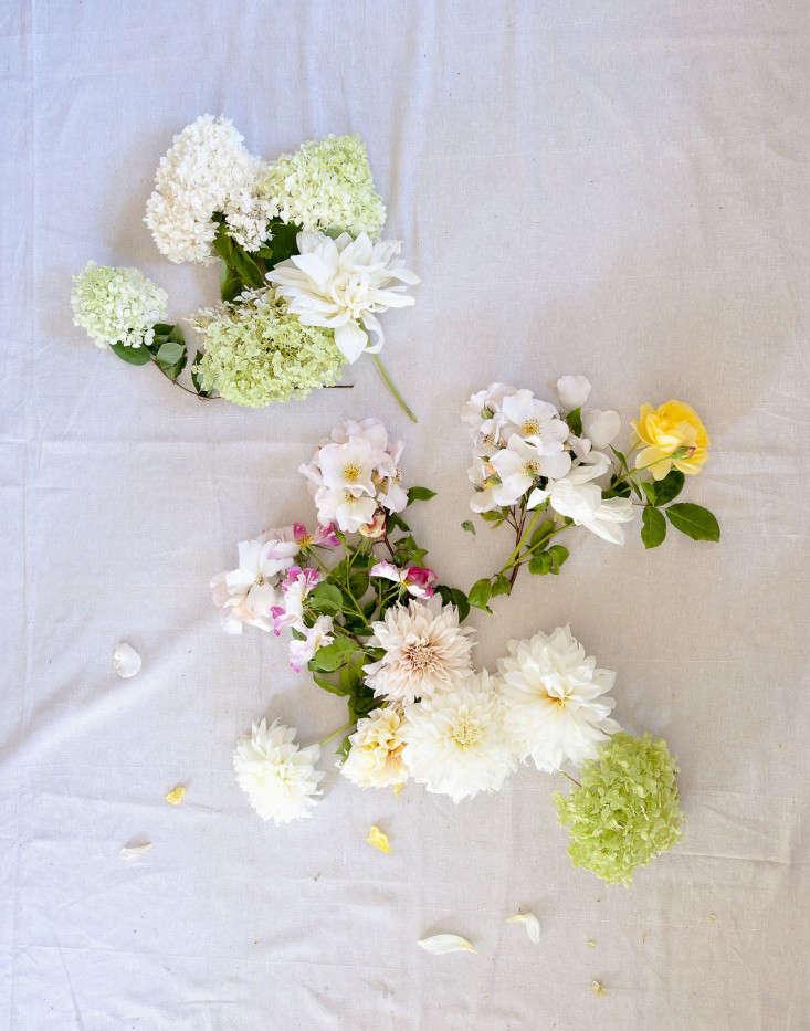 DIY Louesa Roebucks Wild and Edible Bouquets portrait 5