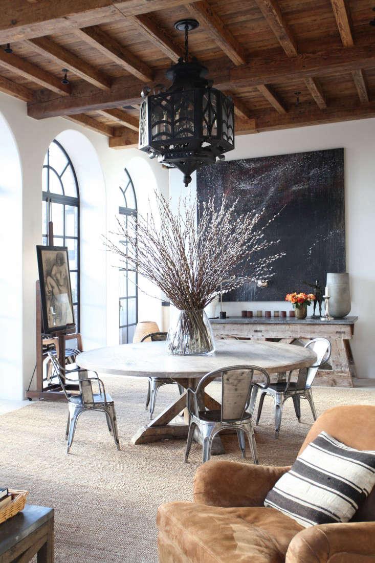 Best Professionally Designed Dining Space Winner MNA portrait 3