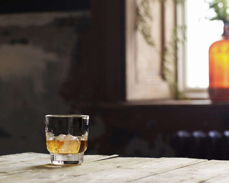 Makers and Brothers Jameson Jerpoint Glass Whiskey Glass 01 0