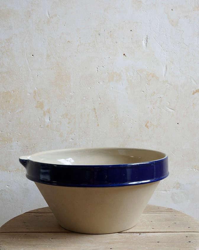 Manufacture de Digoin A Classic Loire Valley Pottery Revived portrait 10