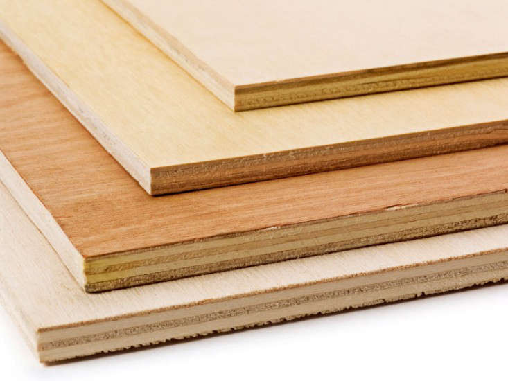 Many adhesives used to glue the layers of plywood veneers together contain urea-formaldehyde. Image via Wel Building Supplies.