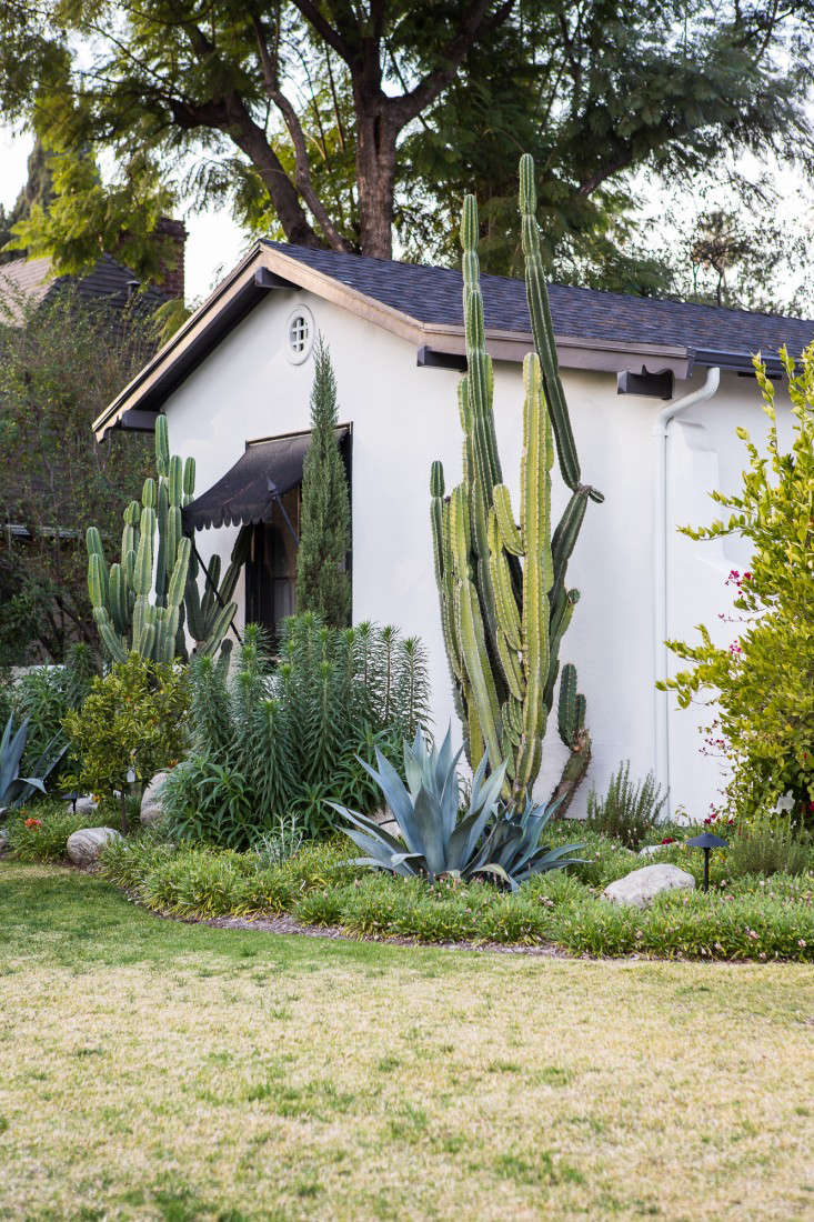 All Eras Welcome A Spanish Colonial Update in LA  portrait 22