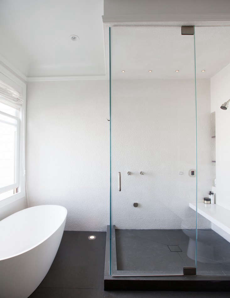 Vote for the Best Bath Space in the Remodelista Considered Design Awards 2014 Professional Category portrait 8