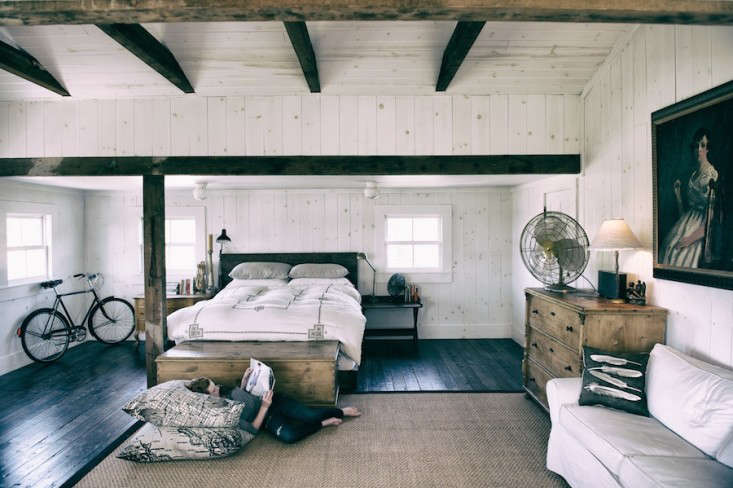 Vote for the Best Bedroom in the Remodelista Considered Design Awards Amateur Category portrait 3