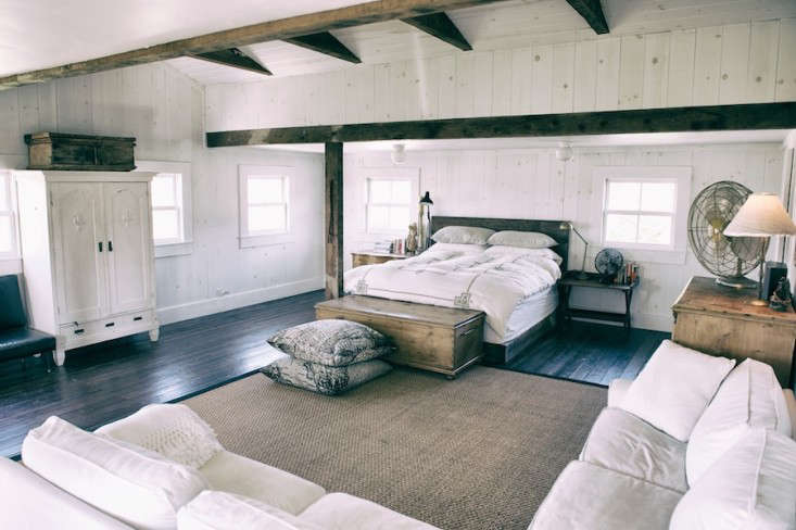 Vote for the Best Bedroom in the Remodelista Considered Design Awards Amateur Category portrait 4