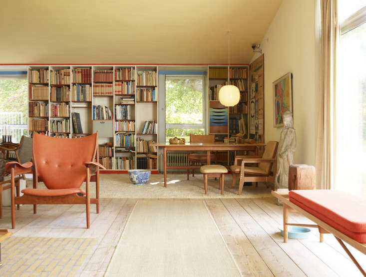 Required Reading Modern Originals At Home with Midcentury European Designers by Leslie Williamson portrait 6