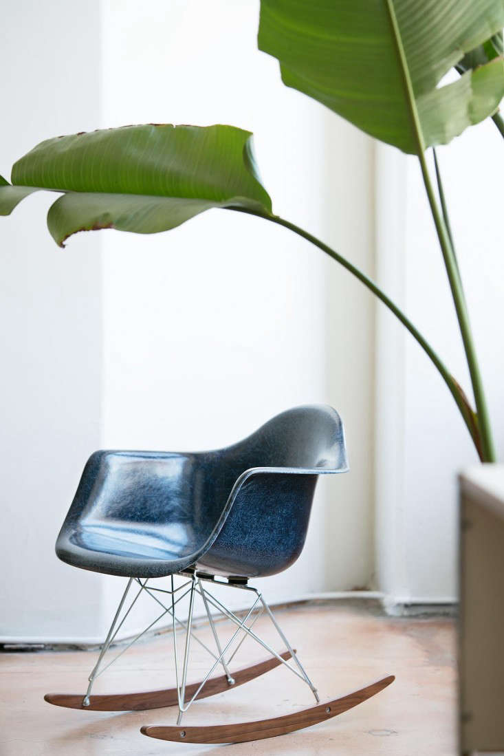 Gift Guide Midcentury Style from Modernica in LA portrait 7