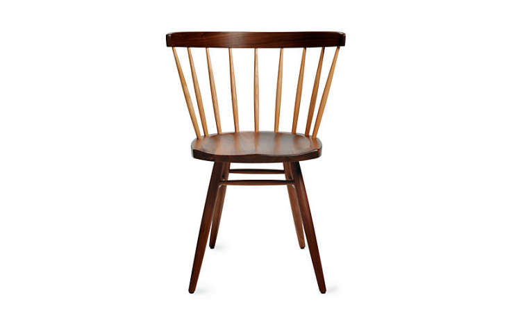 The ideal chair for this Shaker-influenced setting would be George Nakashima&#8