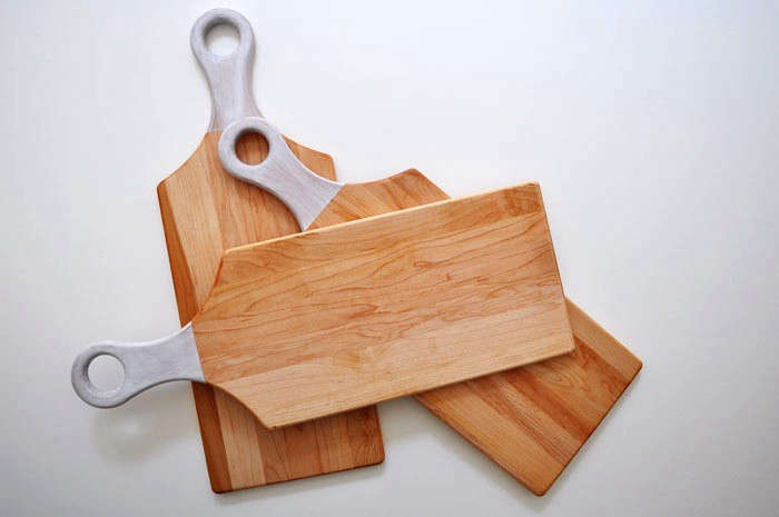 10 Easy Pieces Wooden Cutting Boards with Cutouts for Hanging portrait 9