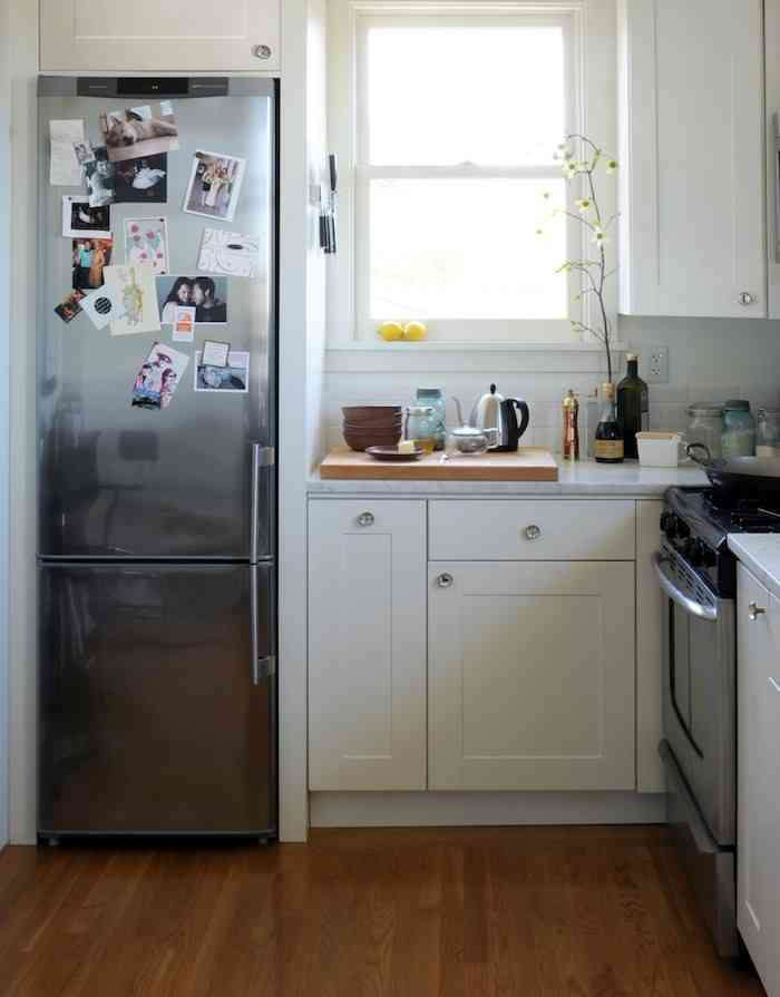 This compact kitchen byOre Studioshas a slim but tall space that&#8