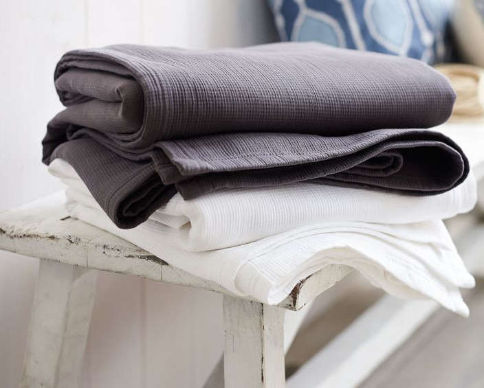 10 Easy Pieces Lightweight Cotton Blankets portrait 12