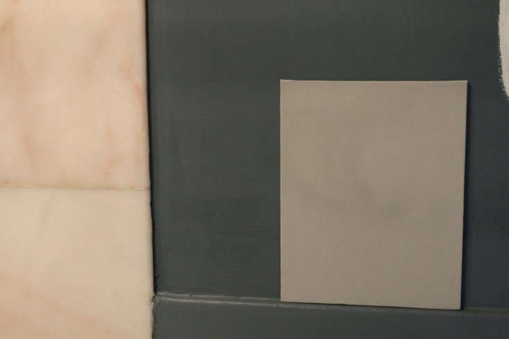 Painting Bathroom from Black to White Meredith Swinehart Remodelista 10