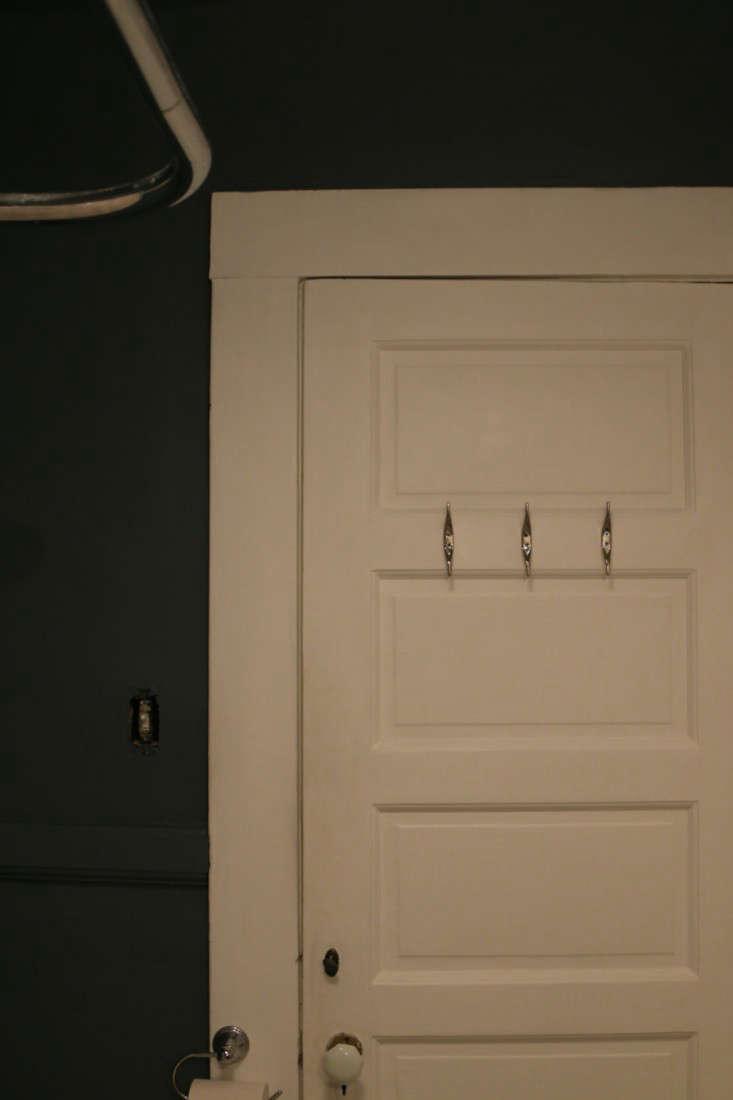 Painting Bathroom from Black to White Meredith Swinehart Remodelista 3