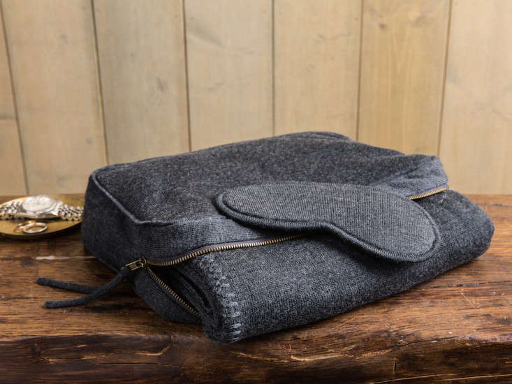 New from Parachute WinterWeight Throws and Travel Gear in Time for the Holidays portrait 8