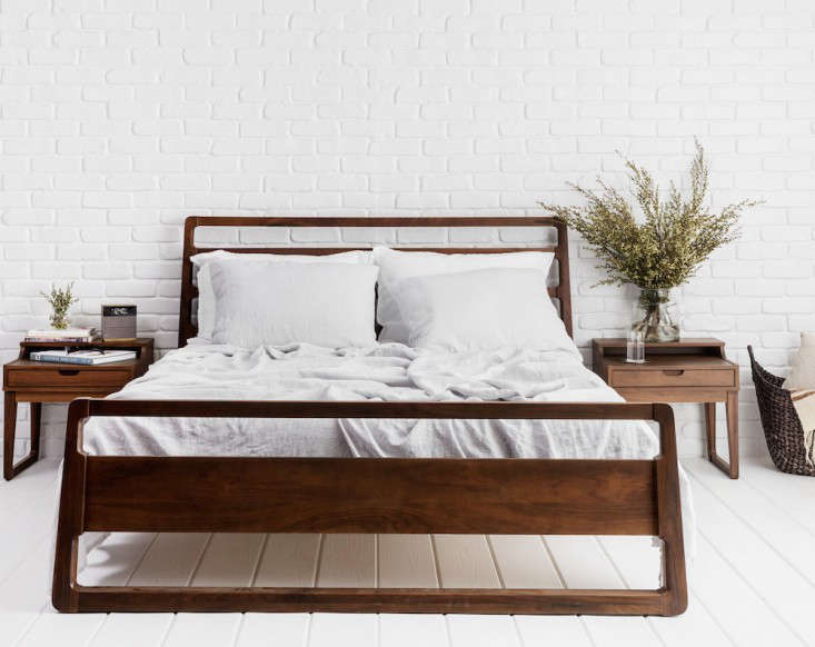 Enter to Win Luxury Bedding Giveaway from Parachute portrait 5