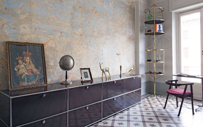 Pietro Russos 538SquareFoot Apartment in Milan Glamour Included portrait 8