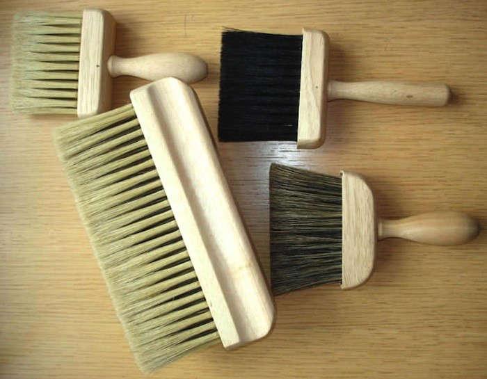 Brushes Handmade in Buckinghamshire Since 1840 portrait 3