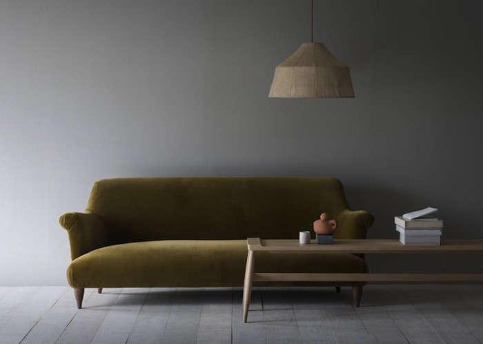 HighLow The Curvy Sofa portrait 3