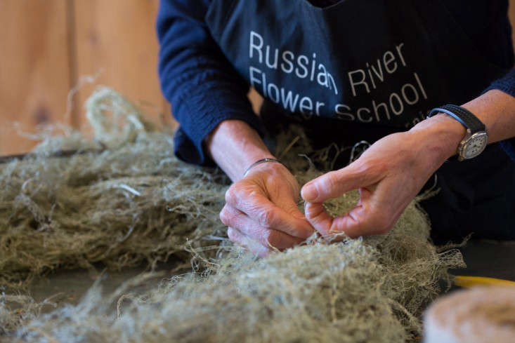 Russian River Flower School Making Holiday Wreath
