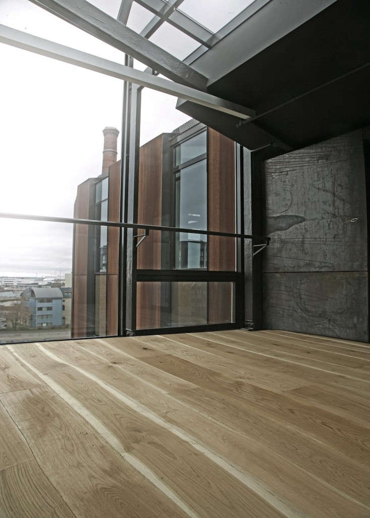 Curves Ahead Undulating Wood Floors from The Netherlands portrait 3