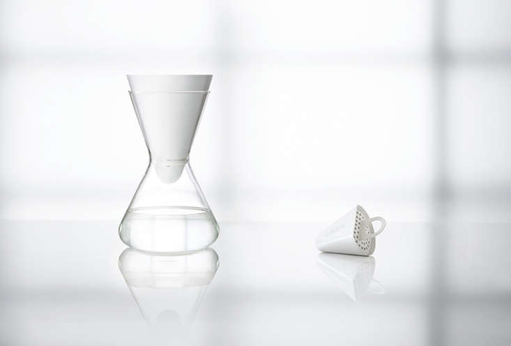 Drink Up A GoodLooking Water Filter for Fridge and Table portrait 5