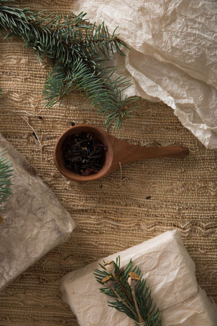 DIY TeaDyed Wrapping Paper from LAs Doyenne of the Perfect Present portrait 5