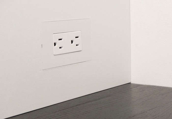 A flush-mount wall plate system for drywall and wood, Smoothline was developed by a remodeler frustrated by the lack of utilitarian elements with a clean, modern design. It&#8