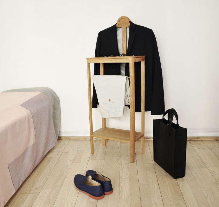 Bedroom Secret A Valet Keeps Clutter at Bay portrait 4