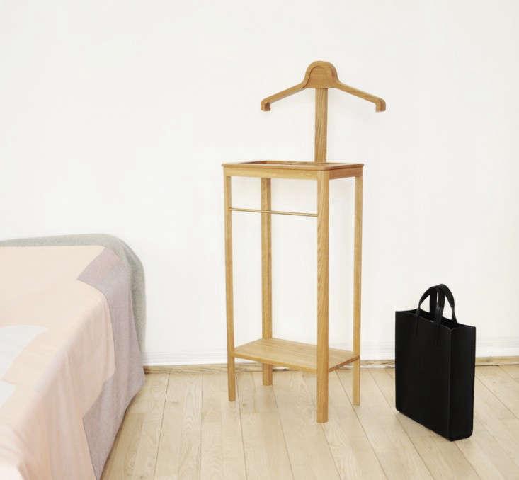 Bedroom Secret A Valet Keeps Clutter at Bay portrait 3