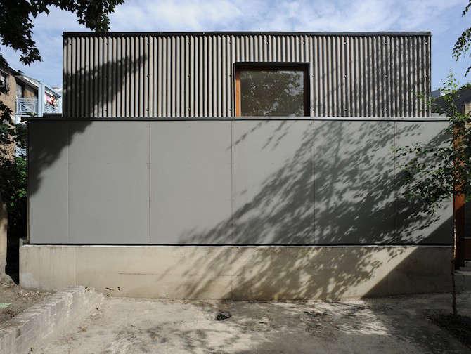 Architect Visit The Strange House in London portrait 9