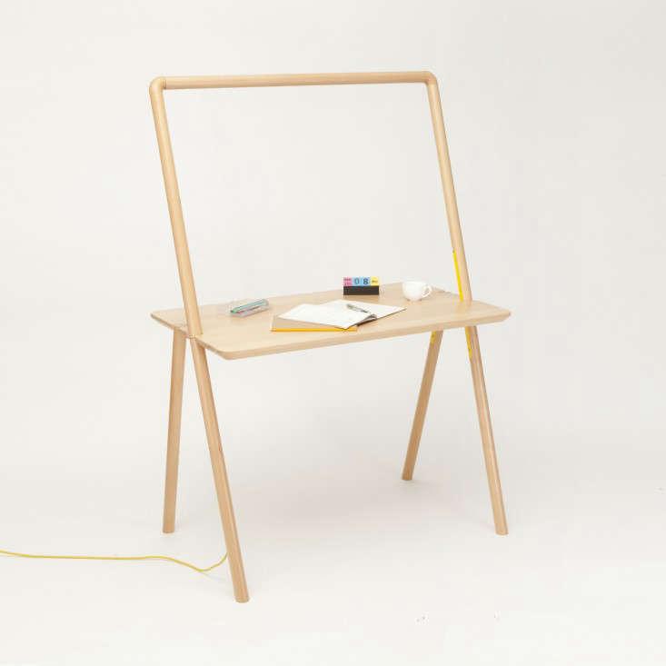 10 Easy Pieces Desks for Small Spaces portrait 6