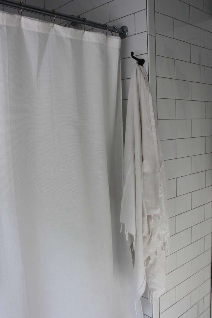 Vote for the Best Bath Space in the Remodelista Considered Design Awards Amateur Category portrait 17
