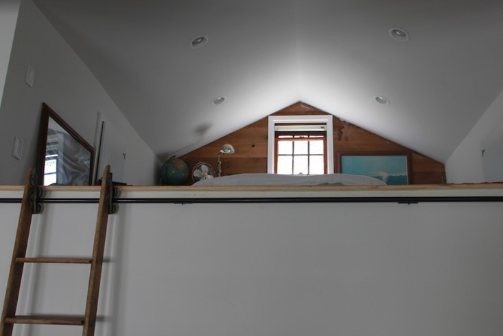 Vote for the Best Bedroom in the Remodelista Considered Design Awards Amateur Category portrait 9